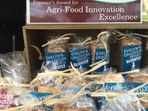 Evelyns-crackers-img_4468